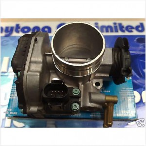VOLKSWAGEN SEAT THROTTLE BODY 037133064